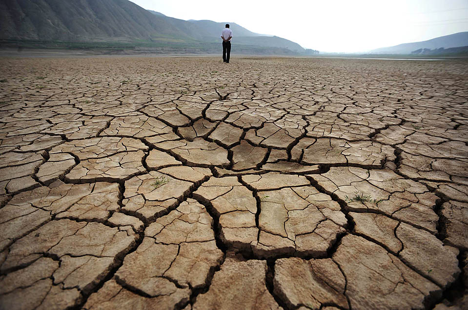 drought problems and its solution Drought problems and its solution although water rationing can help to conserve water in the dams, it could not solve drought problems forever.
