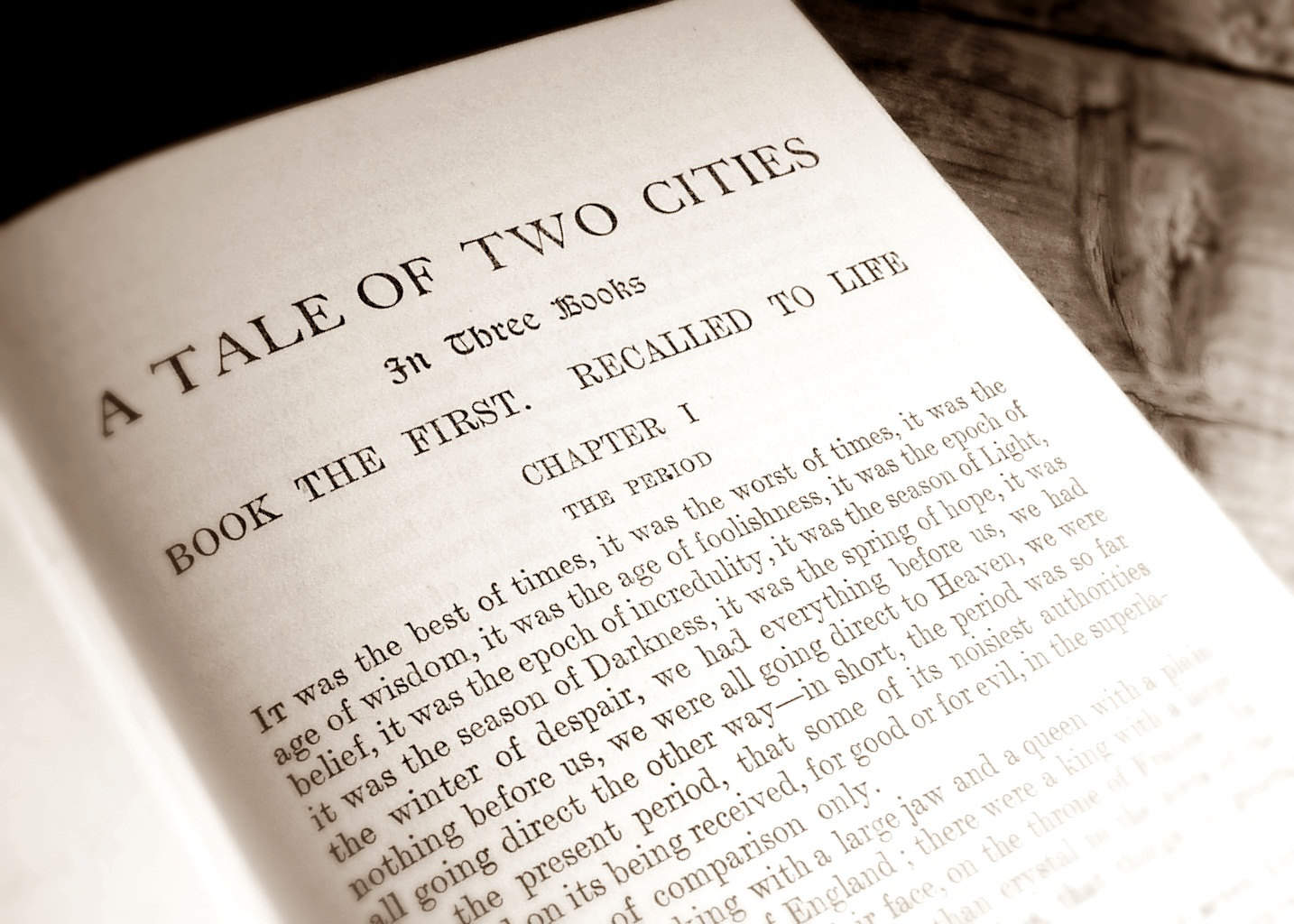 static characters in a tale of two cities In a tale of two cities, charles dickens uses dynamic characters that change drastically from the beginning to the end of he book one example of a dynamic character is sydney carton he is one of the idlest and most unpromising of men (83.