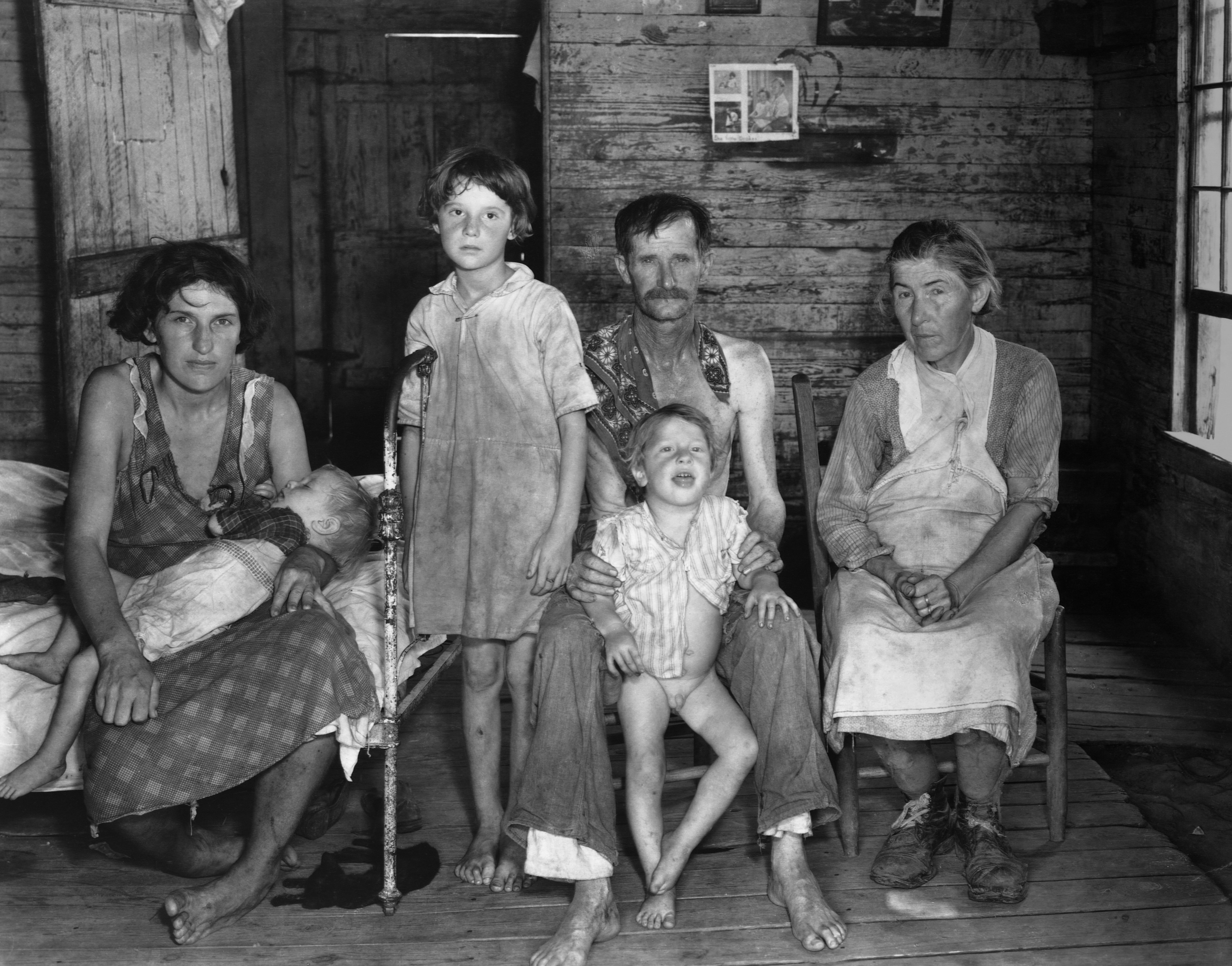 confronting southern poverty great depression essay How to start introduction reading your essay confronting southern poverty in the great depression the report on economic conditions of the south start.