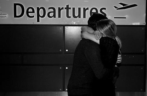 Аэропорт, парень, пара, мода - картин