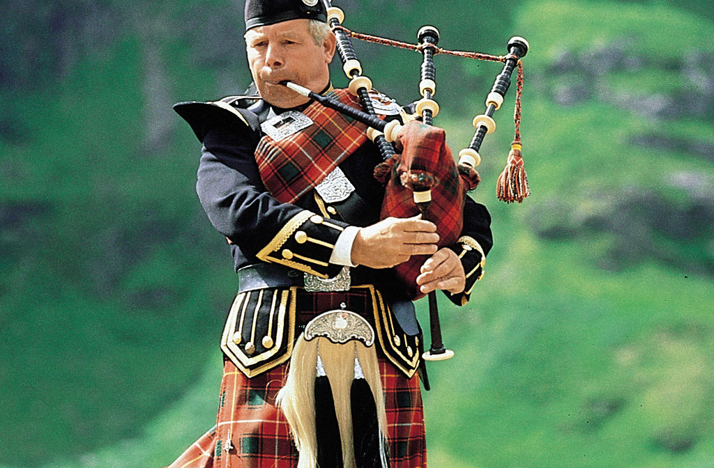 history and features of bagpipes essay History of bagpipes bagpipes are alleged to have existed in europe since the ninth century, the evidence before this time is rare the above-mentioned types of bagpipes are some of the most famous, and used in different countries hence coming with different features and styles, hence a.