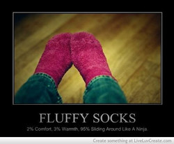FLUFFY SOCKS 