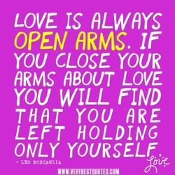 LOVE IS RLwnrs 