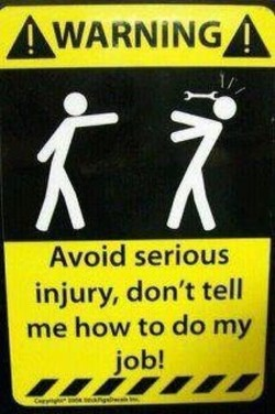 AWARNjNGA 