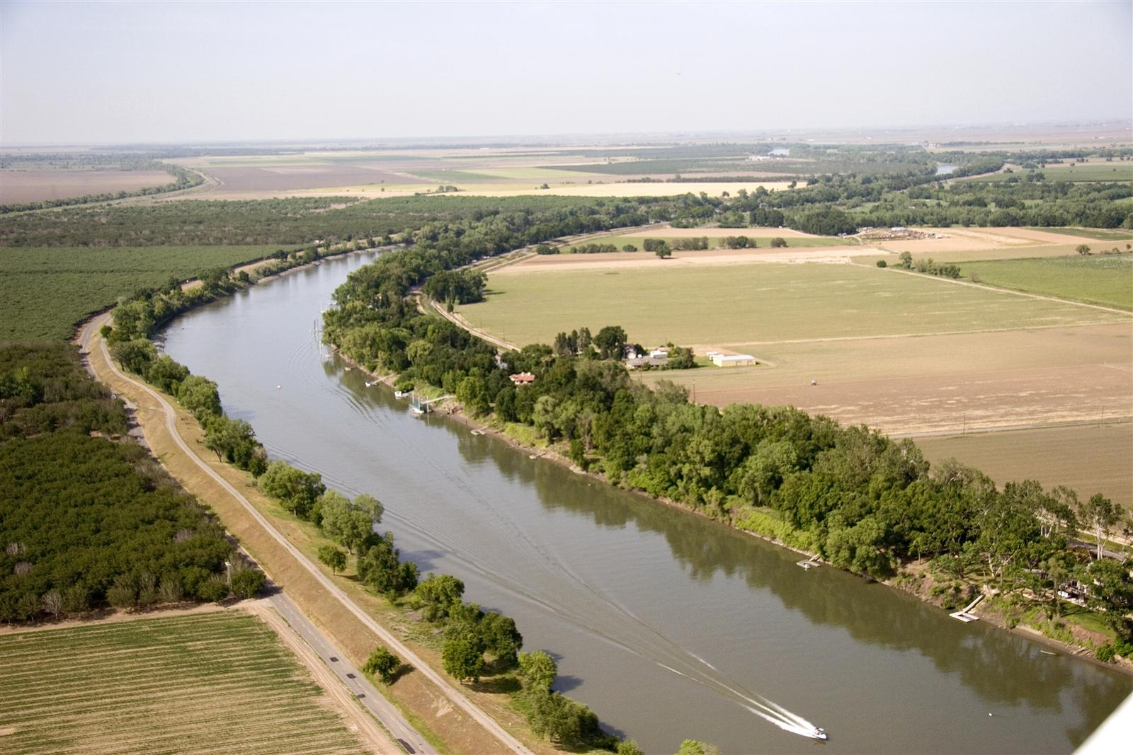 Quotes about Levees (2...