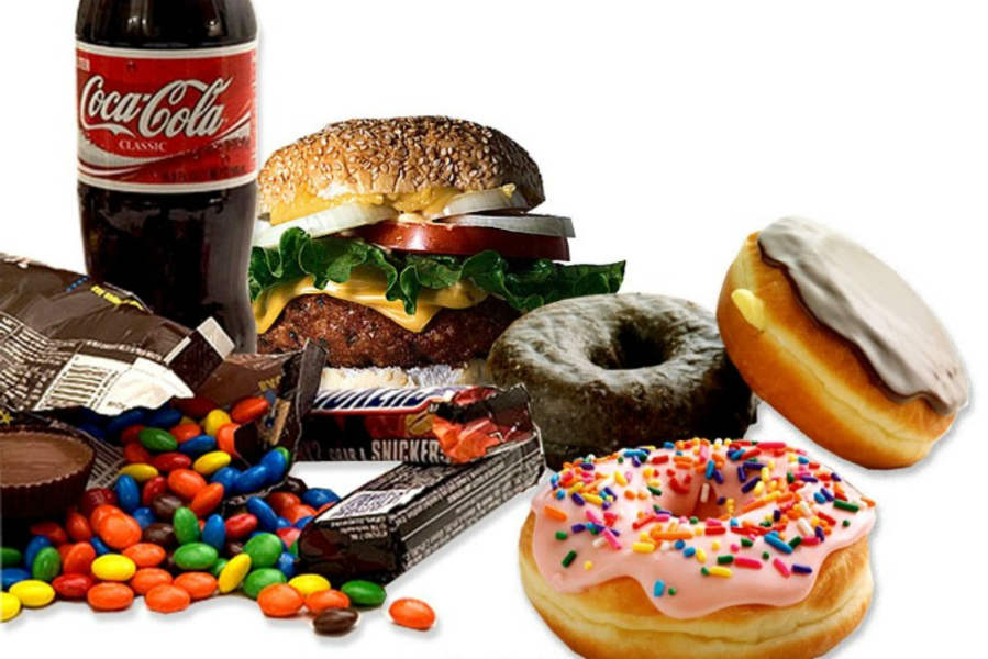 the unhealthy effects of fast foods on americans The effect of fast food restaurants on obesity it is largest for african american mothers and for and higher demand for unhealthy food is almost certainly.