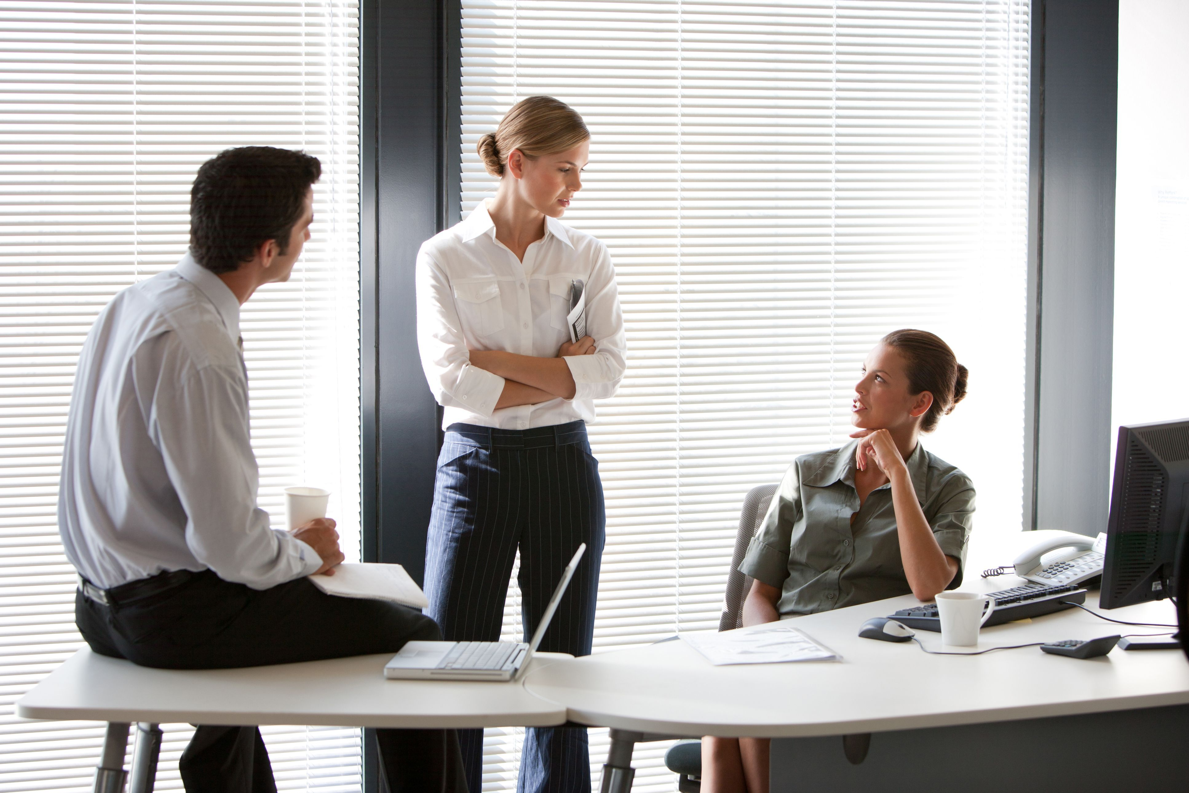 """communication techniques in the office Communication skills the most effective people are lifelong learners they grow their careers by leveraging their strengths, compensating for their weaknesses, taking on new challenges, and """"playing well with others."""